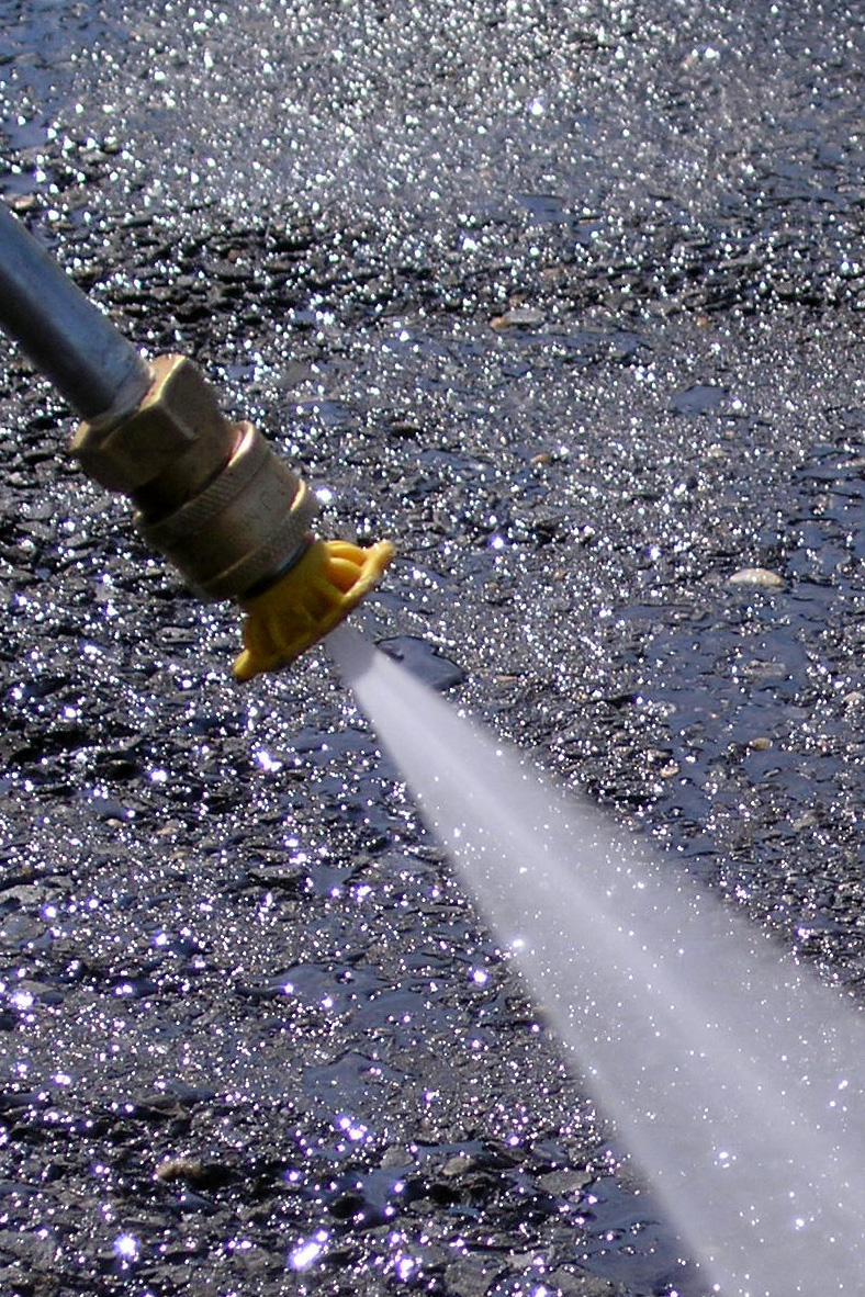 Limpeza com hidrojateamento - Desentupidora RJ